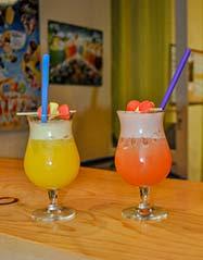 Bar avec cocktails en Dordogne