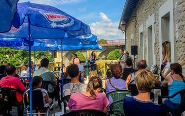 Bar et restaurant avec animations en Dordogne