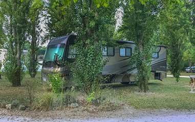 Louer un emplacement pour camping car en Dordogne