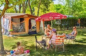 Louer un emplacement pour tente en famille en Dordogne