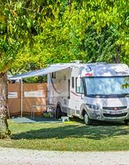 Terrain pour camping car en Dordogne