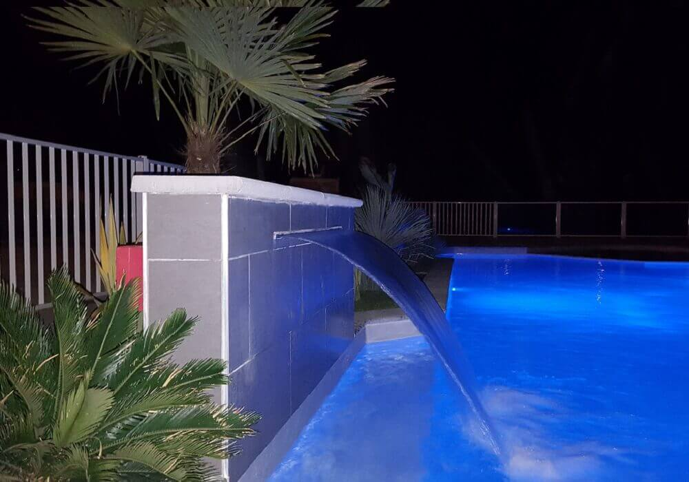 piscine nocturne dordogne