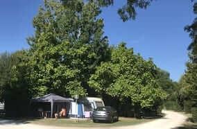 emplacement camping calme